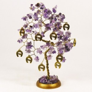 Дерево с подковами- аметист