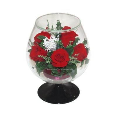 99_03 Розы в бокале
