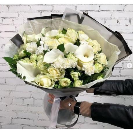109 букет розы каллы